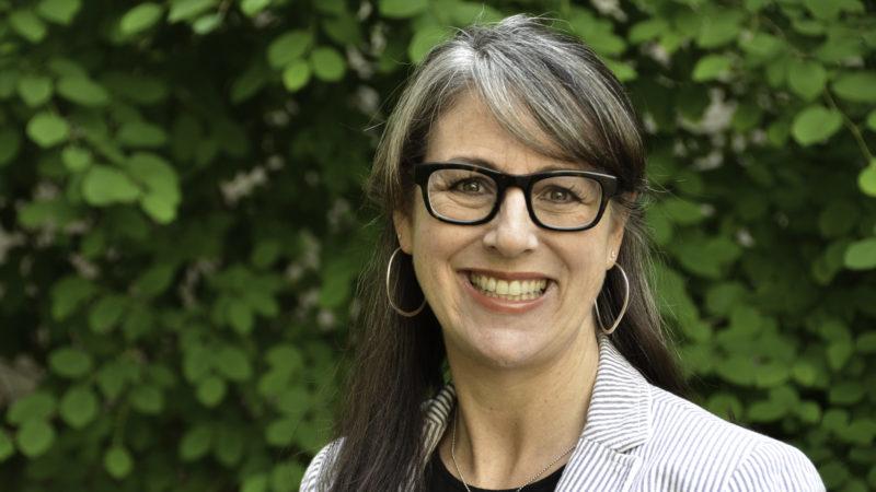 Professor Roze Hentschell, Associate Dean